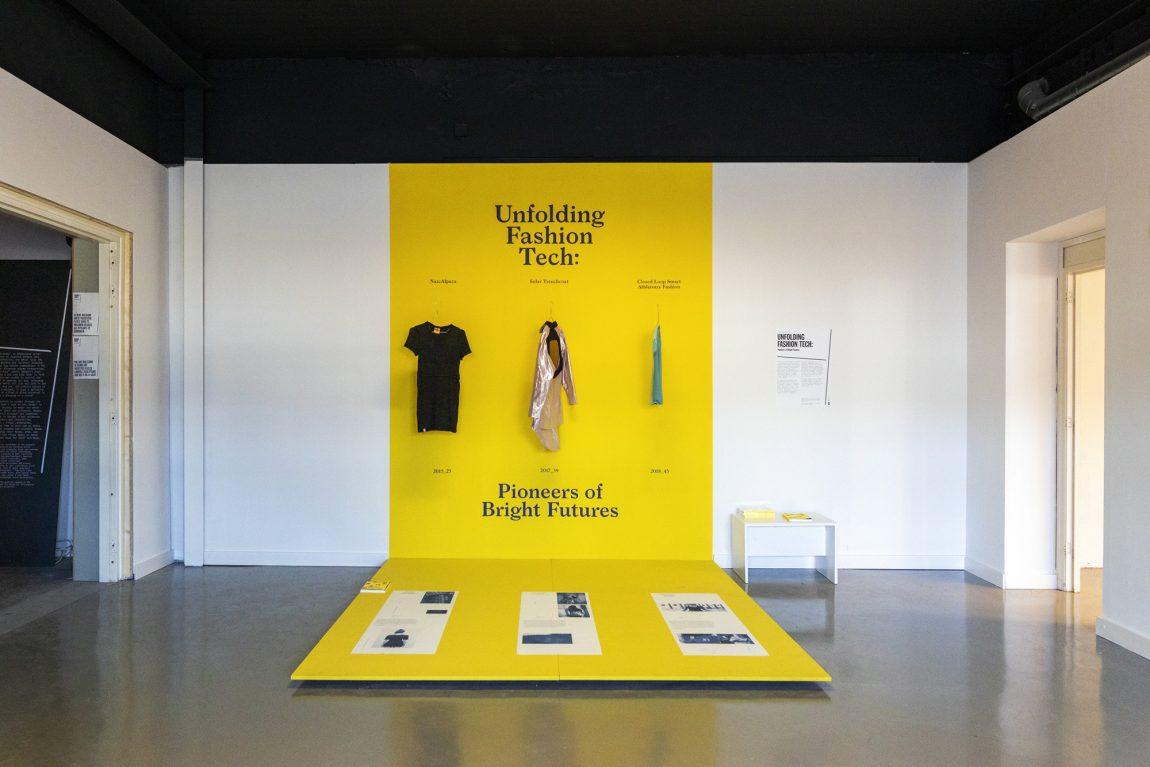 Unfolding Fashion Tech Onomatopee